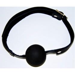 Skórzany klasyczny knebel z czarną gumową kulką o średnicy 38 mm